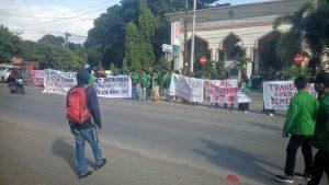 Aksi Lembaga Kemahasiswaan Tuntut Penurunan Biaya UKT