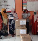 DPK Sulsel salurkan bantuan buku, rak buku dan komputer untuk TBM di Pangkep